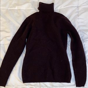 100% wool turtleneck sweater